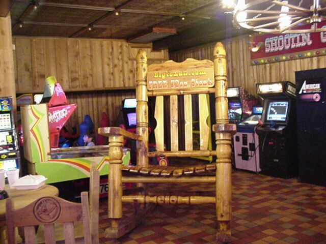 Worldu0027s Largest Rocking Chair   Just Stuff That Interests Me 17 Best Images  About TEXAS ...